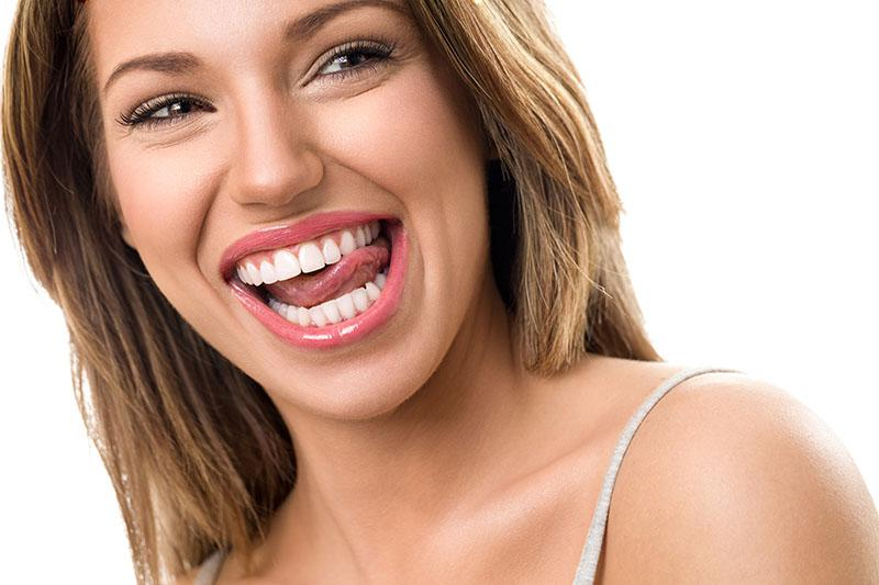 Clareamento Dental Caseiro Funciona
